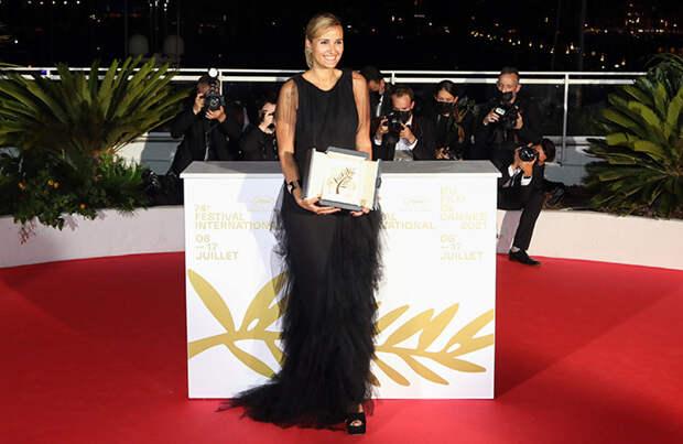 «Золотая пальмовая ветвь» Каннского кинофестиваля досталась французскому хоррору «Титан»