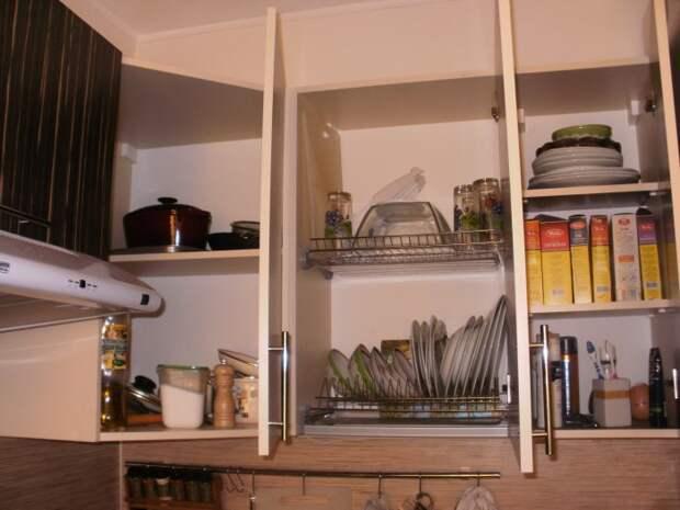 Навесные шкафчики