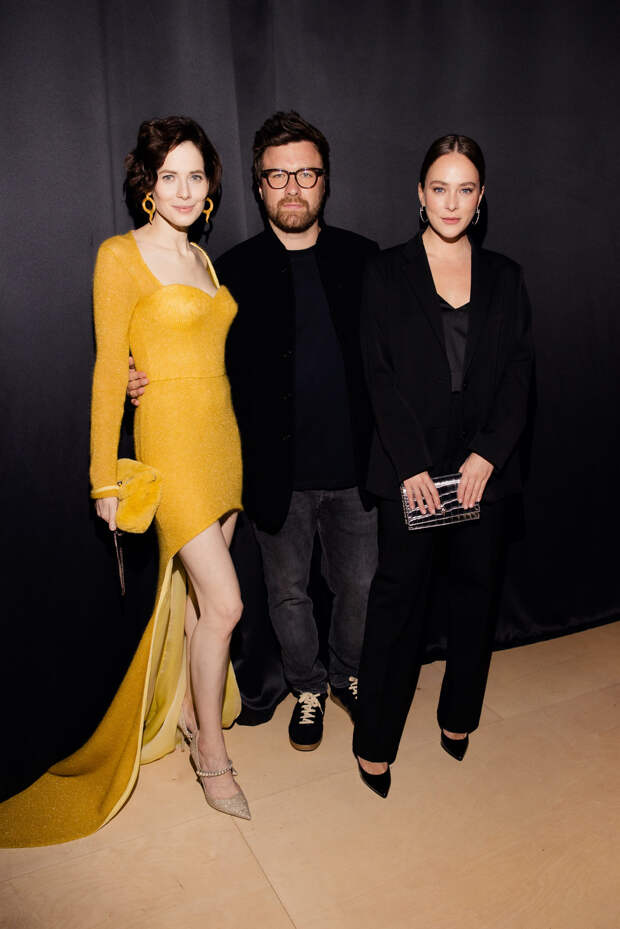 Юлия Снигирь, Рената Литвинова и Аглая Тарасова на закрытии II Международного фестиваля дебютного кино