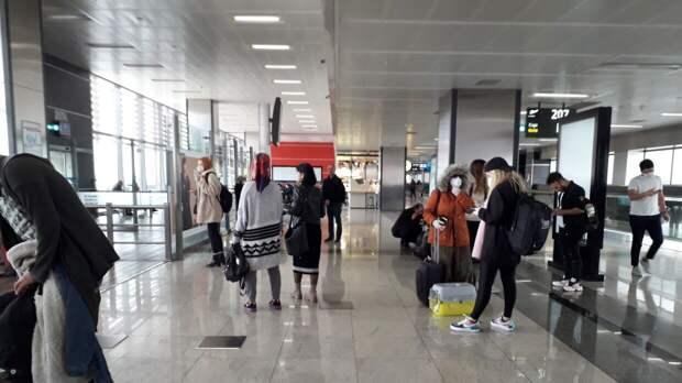 Российские туристы возмутились «грабительскими» ценами на рейсы в Турции