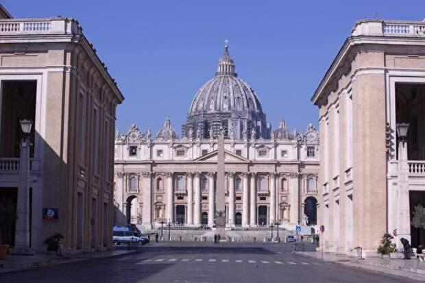 Ватикан отпустил грехи заразившимся коронавирусом, их родным и врачам