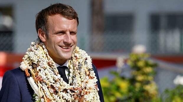 Президент Франции тусит в TikTok пока чёрные мусульмане режут белых христиан