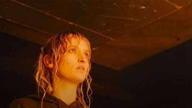 """Зрителям фильма """"Титан"""" потребовалась скорая помощь после просмотра ленты"""