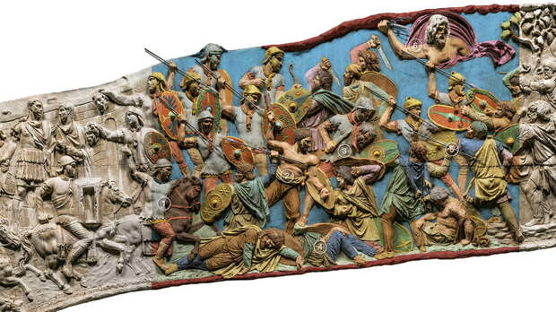 Одна из недавних попыток «раскрасить» рельефы Колонны Траяна - Колонна Траяна   Warspot.ru