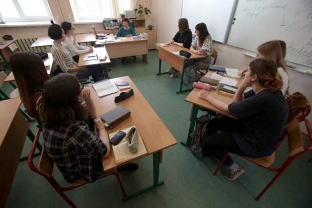 В школы выходят ученики с 1-го по 11-классы / Фото: Агентство Москва