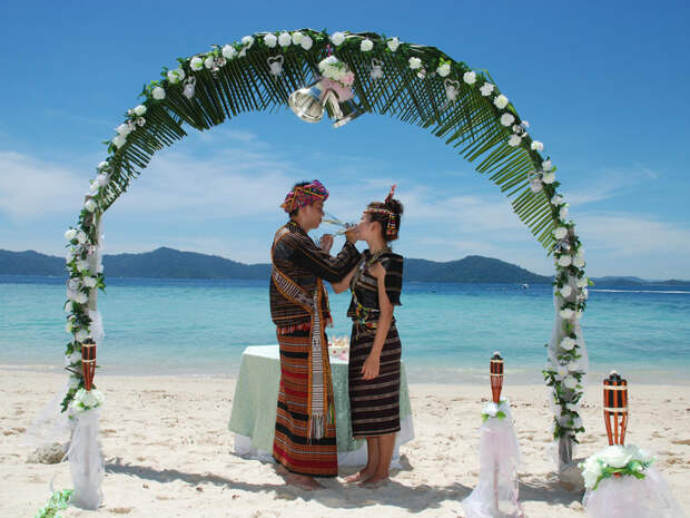 F6651442 25 удивительно странных свадебных традиций со всего мира