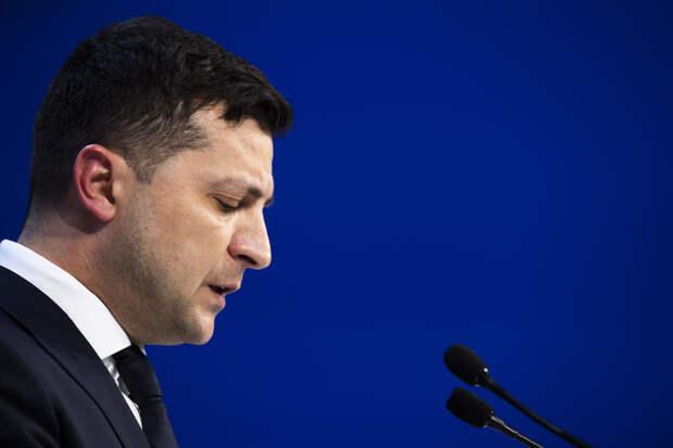 Зеленский упустил прекрасный шанс перехитрить МВФ и обнулить все долги Украины.