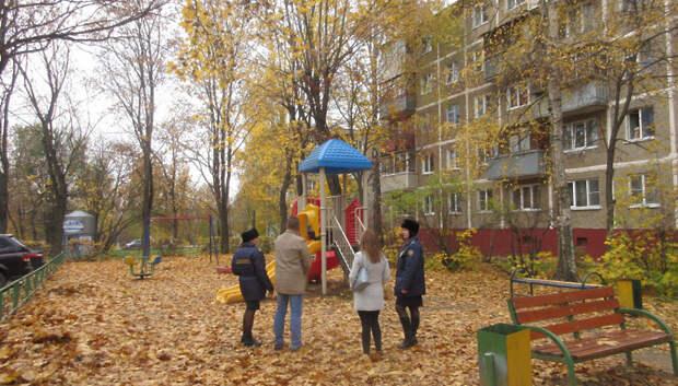 135 нарушений в содержании детских площадок устранили в Подольске с начала года