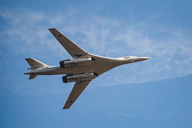 Для военных сейчас главное «Белый лебедь» в руках, а не летающее крыло в небе. И Казани сейчас главное Ту-160М освоить, а уж потом думать о ПАК ДА»