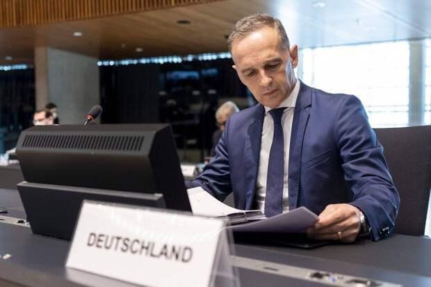 В ФРГ критично оценили решение России приостановить сотрудничество с НАТО