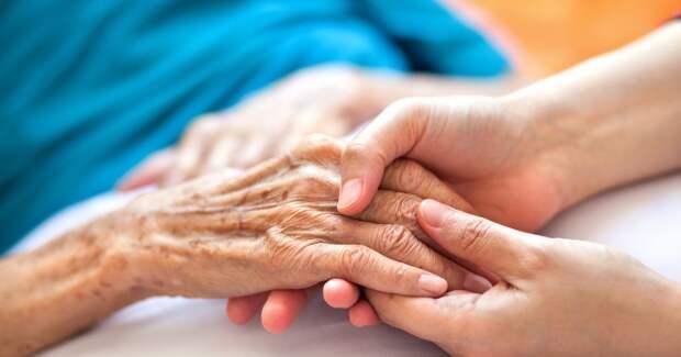 6 признаков, которые помогают понять, что смерть близка – от внешнего вида до глотания