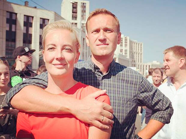 Жена Навального ответила на обращение Золотова