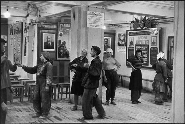 Cartier Bresson20 25 кадров Анри Картье Брессона о советской жизни в 1954 году