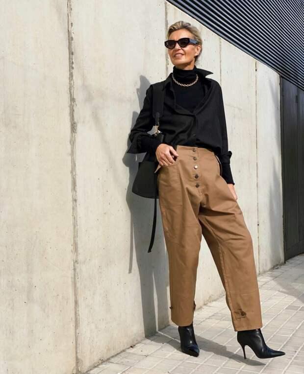 Как 55-летняя испанка создает стильные образы из обычных вещей: приемы, которые помогают быть элегантной
