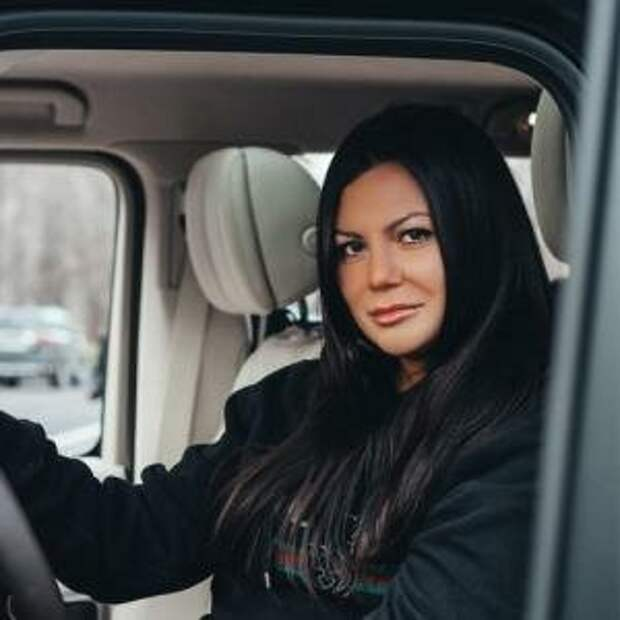5 историй девушек, которые ездят за рулем «Геликов»