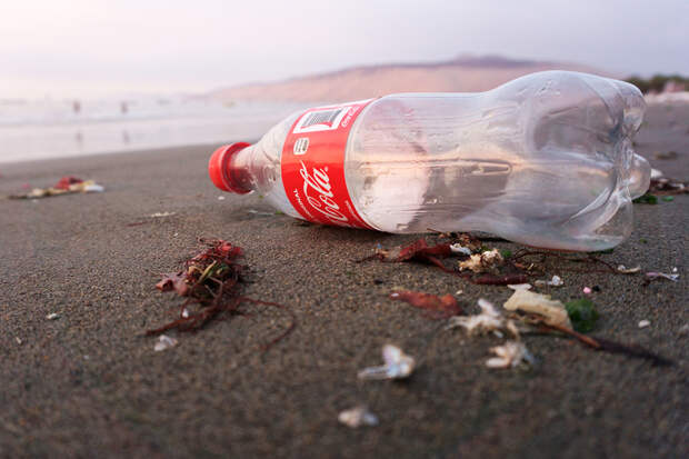 Coca-Cola в США перешла на тару из переработанного пластика