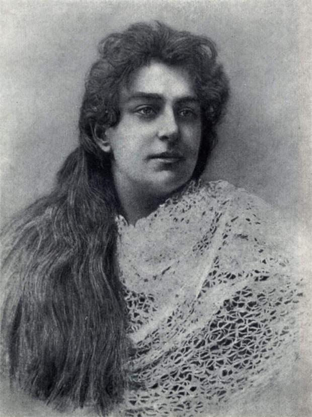 Лика Мизинова