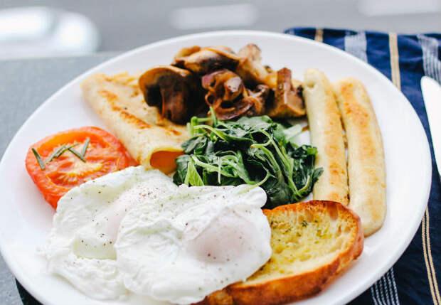 Не завтракаем один месяц: лишний вес снижается, сил становится больше