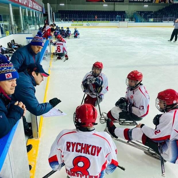 Следж-хоккеисты Удмуртии стали бронзовыми призерами Чемпионата России