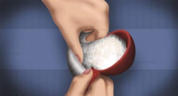 Просто насыпьте соль в носок и вылечите любую инфекцию уха