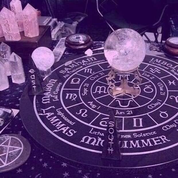 Магические свойства лунного камня