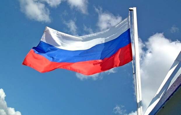 Польский дипломат: «Если бы я был Лукашенко, я бы боялся российского флага»