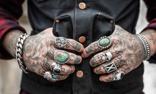 Мужские украшения, которые можно носить каждый день и не стесняться за себя