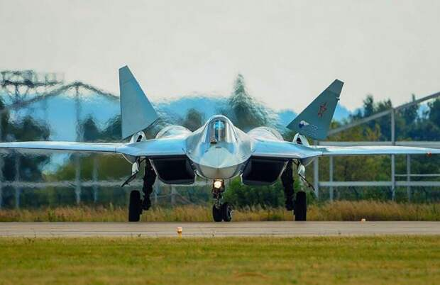 ВКС России и Су-57 своеобразно поздравили НАТО с Новым годом и Рождеством