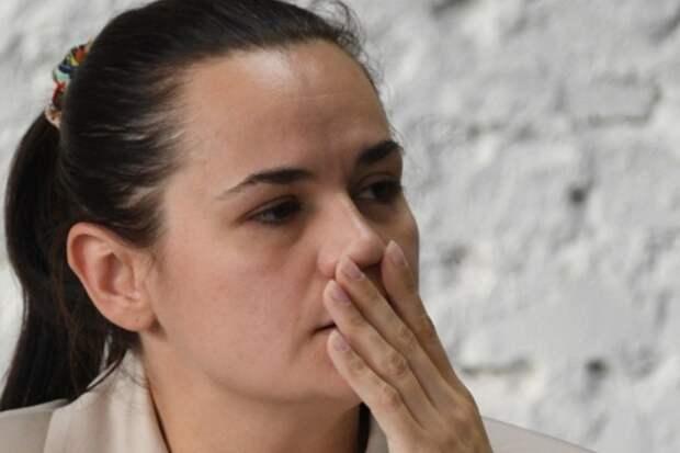 Тихановская пригрозила работающим на протестах силовикам раскрыть их имена