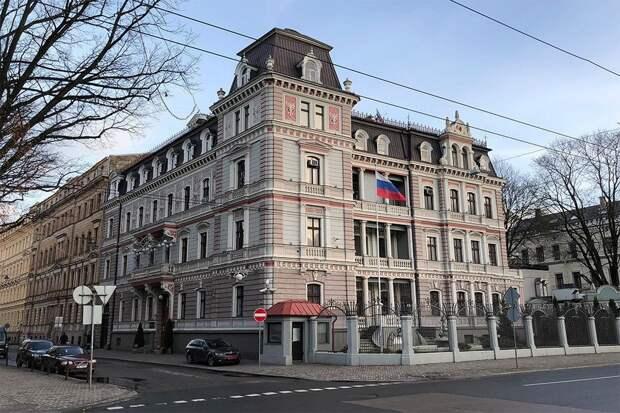 Латвия, Литва и Эстония вышлют российских дипломатов