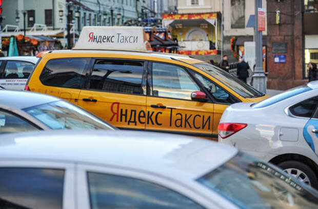 Госдума хочет регулировать работу Uber, Gett и Яндекс.Такси