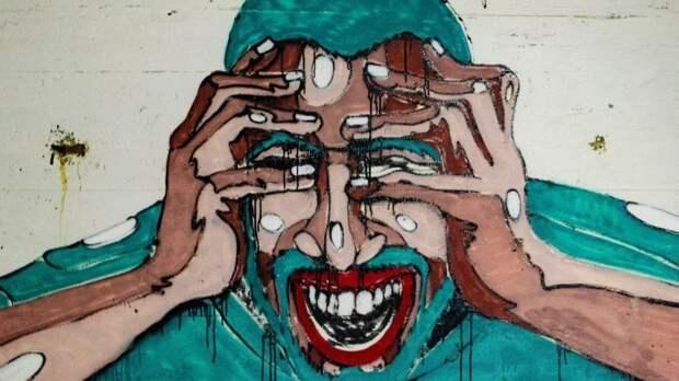 Почему часто болит голова? Невролог о мигрени, стрессе и медицинских мифах