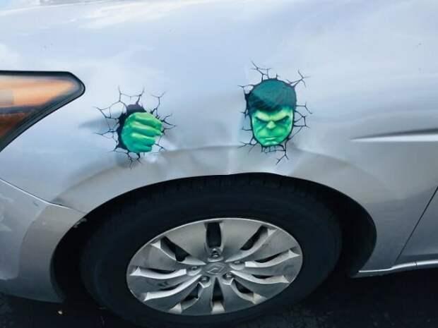 Дешево и сердито: 18 вариантов маскировки автовмятин и царапин авто, вмятины, ремонт, смешно, царапины, юмор