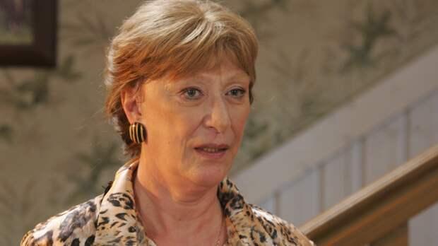 Актриса Васильева назвала лень причиной ухода в монастырь
