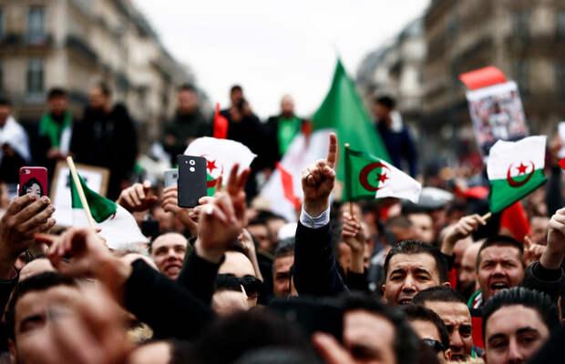 Алжир: ждать ли запоздалой «арабской весны»?