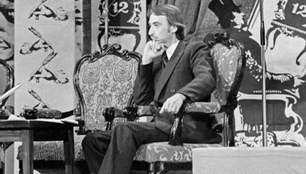 Всю свою жизнь он посвятил борьбе с глупостью и пошлостью - 10 лучших пародий Александра Иванова