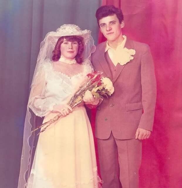Какими раньше были свадьбы? Несколько свадебных фотографий того времени