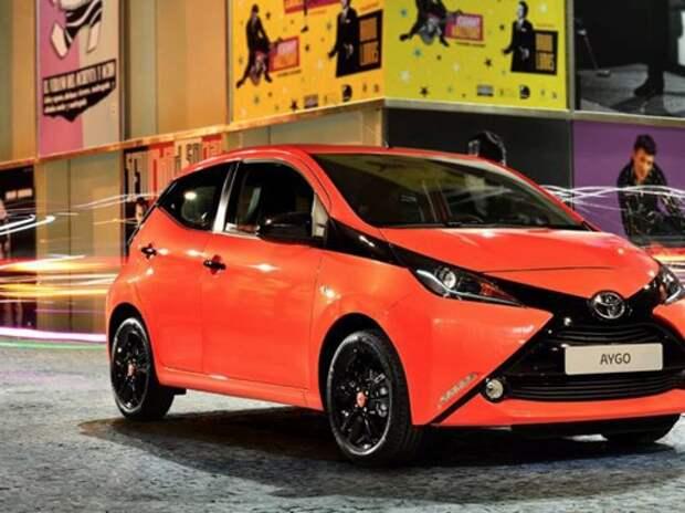 Новый дизайн Toyota Aygo должен привлечь покупателей-мужчин