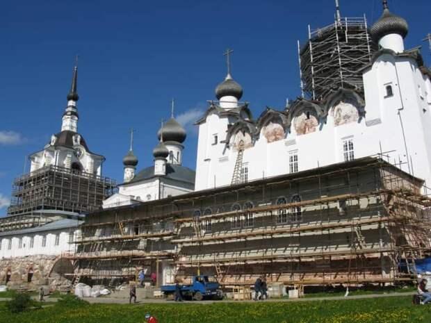 Реставрация Соловков проверяется правоохранительными органами