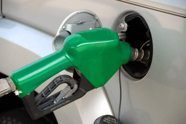 Цены на бензин в России побили новый исторический рекорд