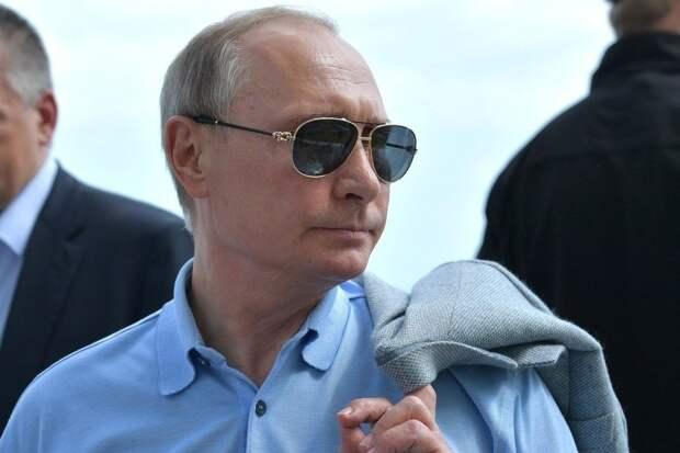 Маневры Байдена и невозмутимость Путина. Ростислав Ищенко