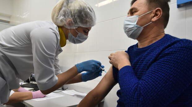 В РФ могут ввести ответственность за призыв к отказу от вакцинирования против Covid‑19