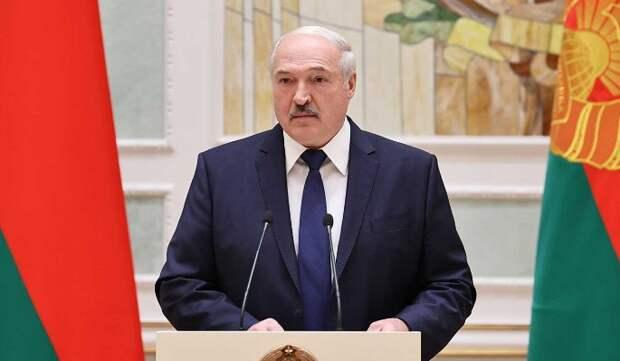 Эксперт раскрыл тактику Кремля в отношениях с Лукашенко: Давит и будет давить
