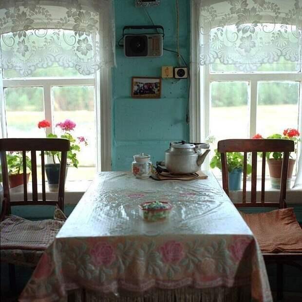 9. Словно сейчас бабушка поставит на стол вкусные пирожки деревня, детство, ностальгия, русская деревня, фото