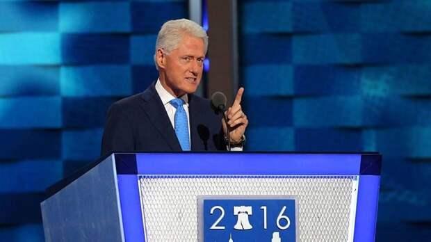 Билл Клинтон идет на поправку после госпитализации из-за заражения крови