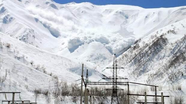 Прокуратура Бурятии проводит проверку после схода лавины на альпинистов