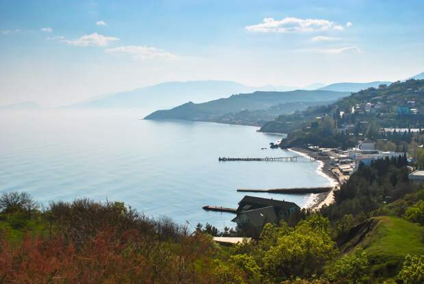 Крым — лидер среди популярных туристических направлений осени