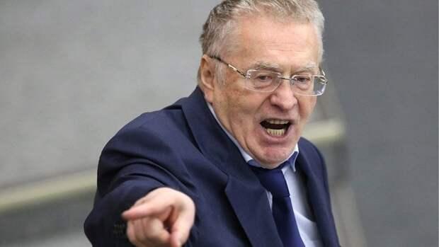 Жириновский призвал лишить доктора Мясникова диплома врача