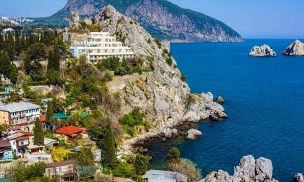 Власти Крыма начнут по суду изымать земельные участки у иностранцев