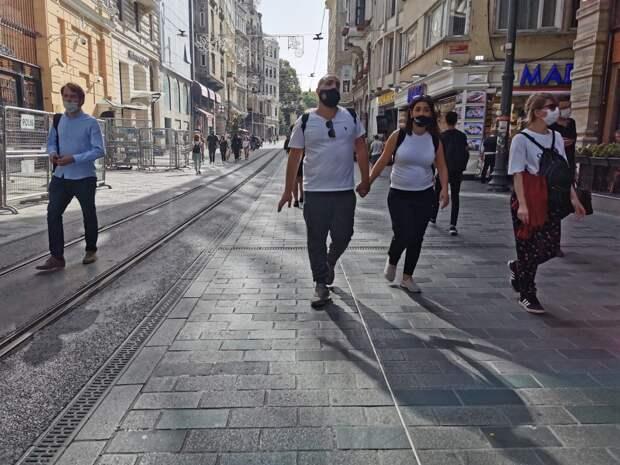 Турция бьет рекорды по приросту заболевших за сутки / Фото: Елена Харо